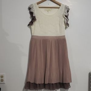 A'reve by Anthropology Crean/Taupe Dress Sz M